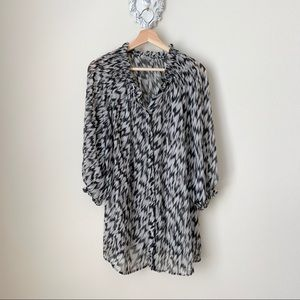 Worthington semi-sheer button down blouse
